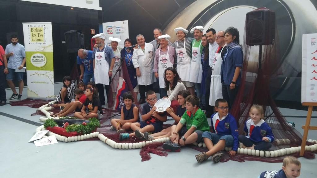 Presentación del Arrain Fish Festival